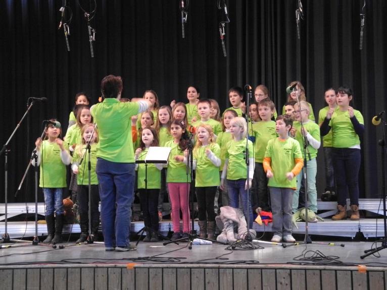 Chor der Grundschule am Erle